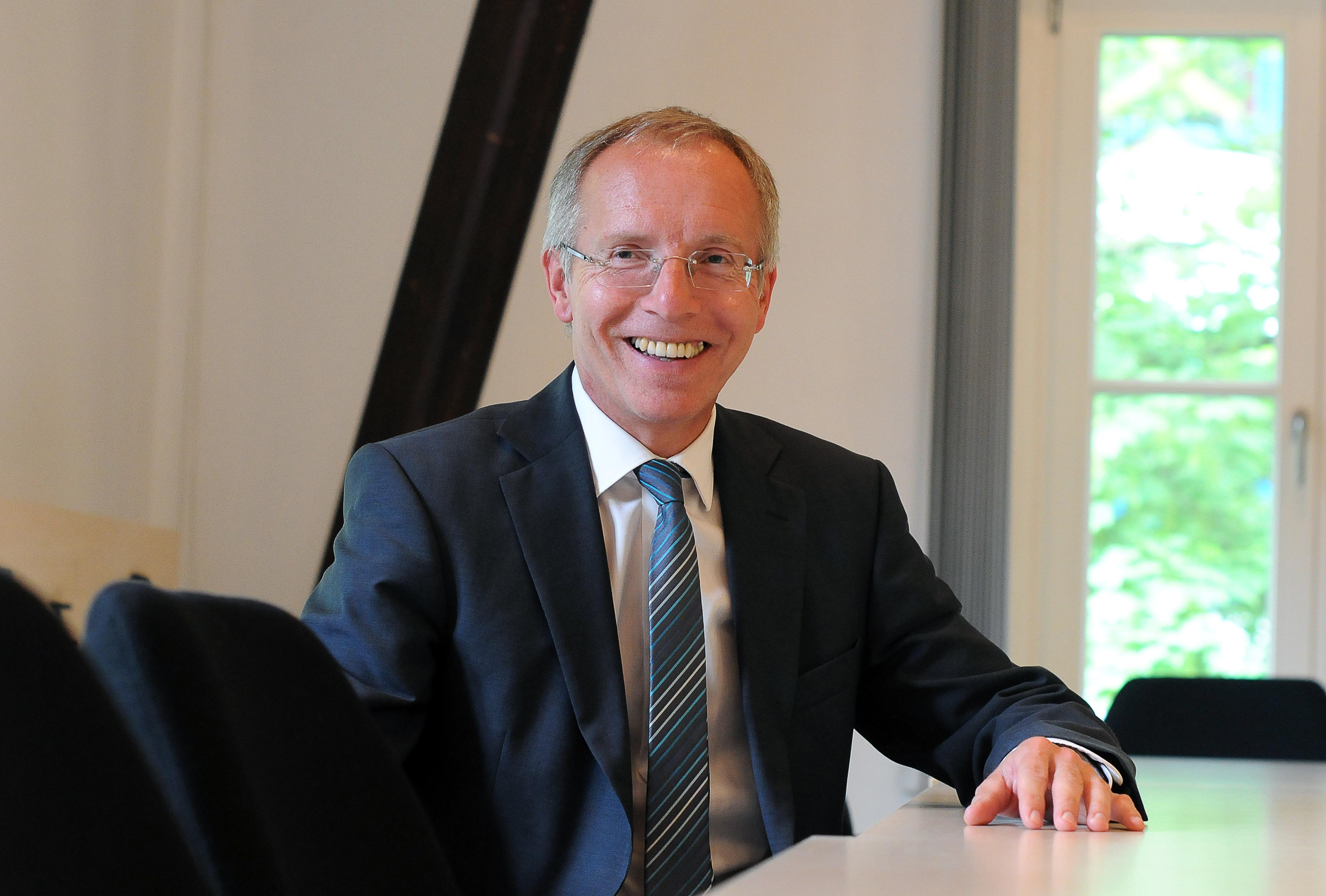 Prof. Dr. Karl-Rudolf Korte mit einem Gastbeitrag in der FAZ in der Rubrik 'Denk ich an Deutschland'