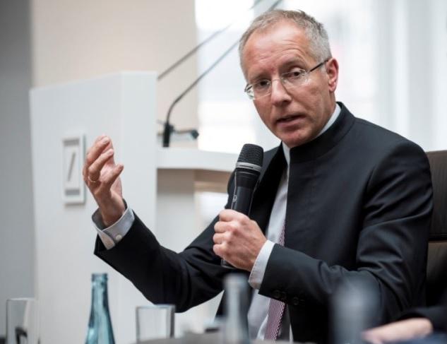 Prof. Dr. Karl-Rudolf Korte in der Sendung