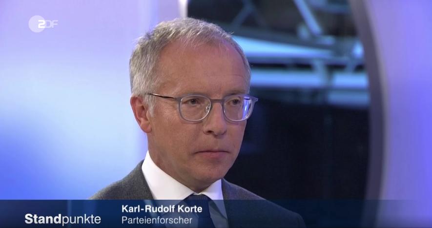 Karl-Rudolf Korte kommentiert den Parteitag der CDU in Essen (c) ZDF