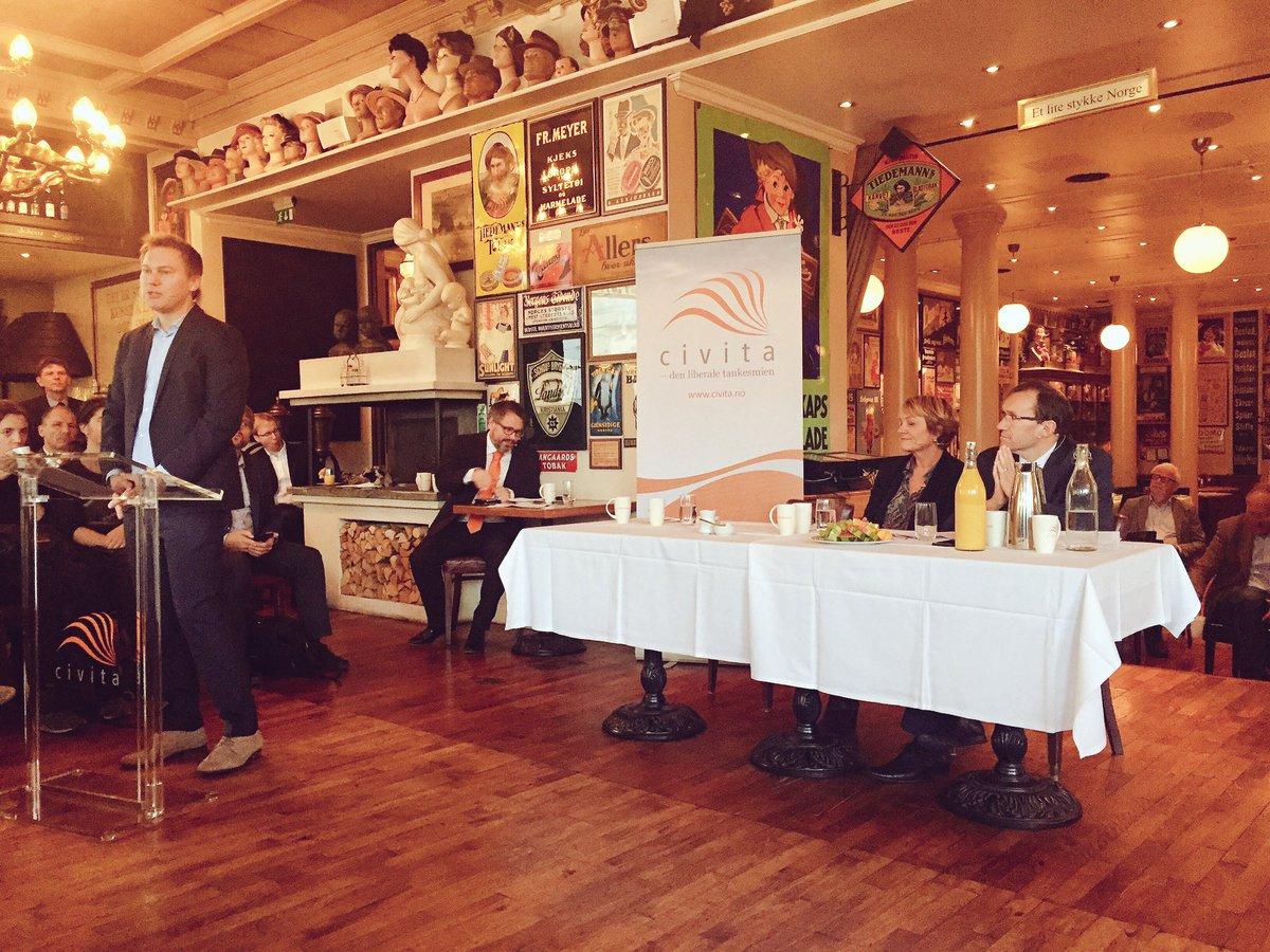 Dr. Niko Switek zu Gast beim Civita-Frühstück (c) Twitter: Yata Norway